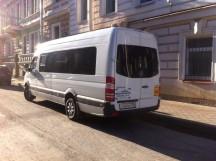 Развозка и встреча гостей на микроавтобусе
